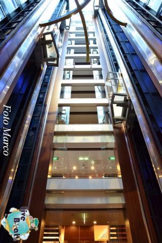 Grand Foyer di  Celebrity Silhouette-22foto-liveboat-celebrity_silhouette-jpg
