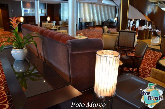Grand Foyer di  Celebrity Silhouette-2foto-liveboat-celebrity_silhouette-jpg