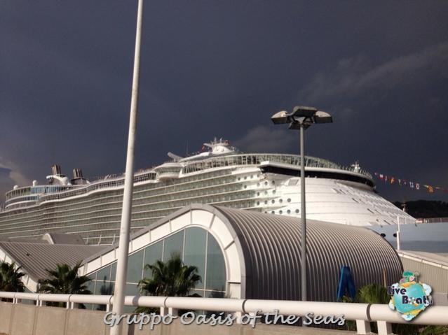 2014/09/18 Oasis of the seas partenza da Barcellona-liveboat-011-oasis-of-the-seas-barcellona-jpg