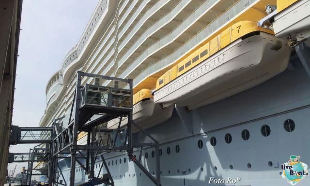 2014/09/18 Visita nave Oasis of the seas a Barcellona-1foto-liveboat-ro-jpg