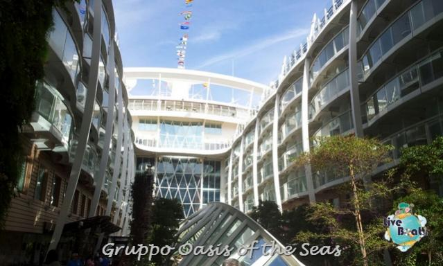 2014/09/18 Oasis of the seas partenza da Barcellona-liveboat-034-oasis-of-the-seas-barcellona-jpg