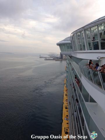2014/09/18 Oasis of the seas partenza da Barcellona-17-foto-oasis-of-the-seas-barcellona-imbarco-diretta-liveboat-crociere-jpg
