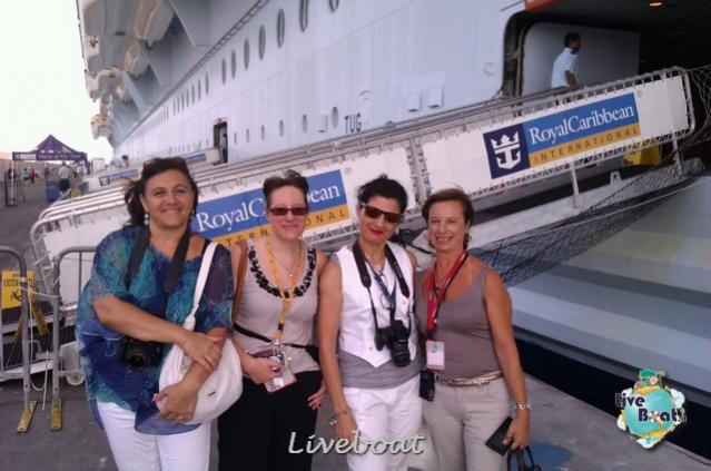 2014/09/20 Visita nave su Oasis of the seas a Civitavecchia-liveboat-010-oasis-of-the-seas-civitavecchia-jpg