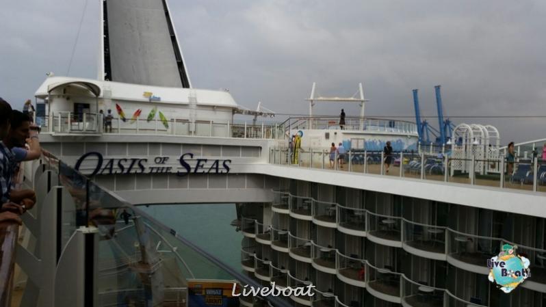 2014/09/20 Visita nave su Oasis of the seas a Civitavecchia-liveboat-056-oasis-of-the-seas-civitavecchia-jpg