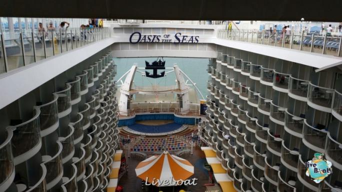 2014/09/20 Visita nave su Oasis of the seas a Civitavecchia-liveboat-060-oasis-of-the-seas-civitavecchia-jpg