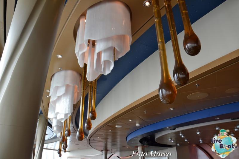 "Il ""Viking Crown Lounge""-4foto-oasis-of-the-seas-royal-caribbean-viking-crown-lounge-oasis-of-the-seas-jpg"