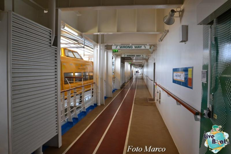 La pista da jogging di Oasis ots-2foto-oasis-of-the-seas-pista-joggin-oasis-of-the-seas-jpg