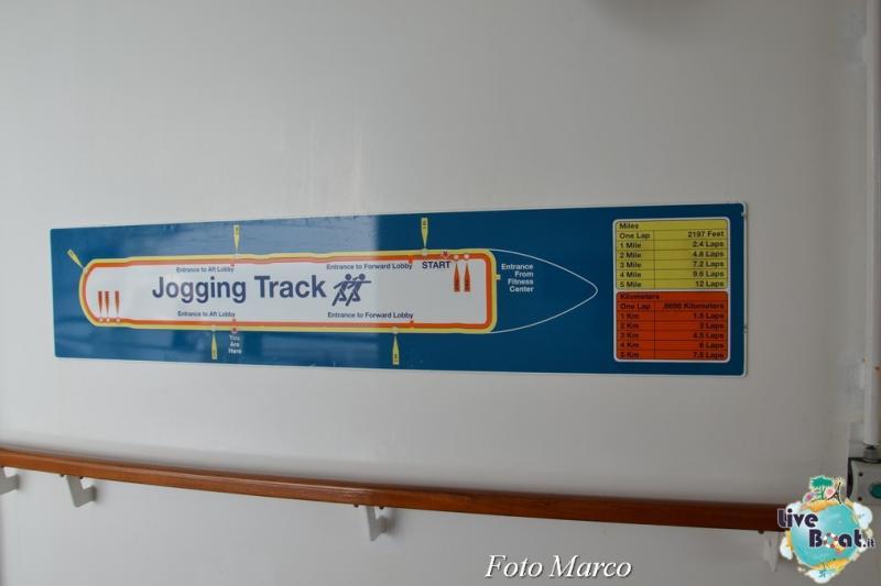 La pista da jogging di Oasis ots-4foto-oasis-of-the-seas-pista-joggin-oasis-of-the-seas-jpg