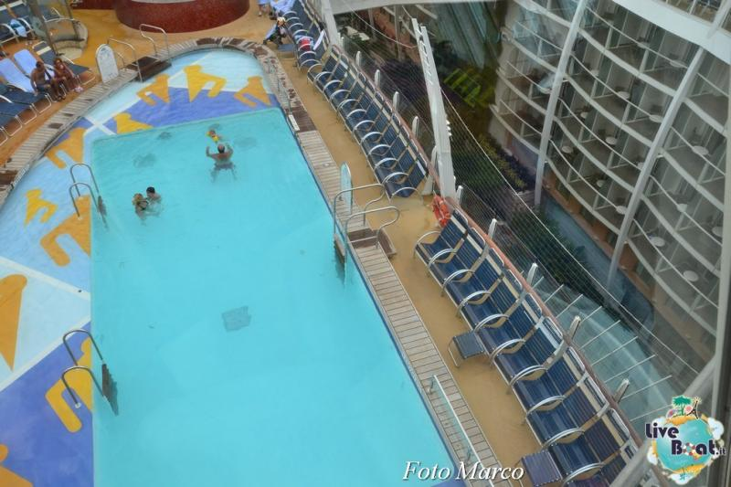 -2foto-oasis-of-the-seas-zona-piscine-oasis-of-the-seas-jpg