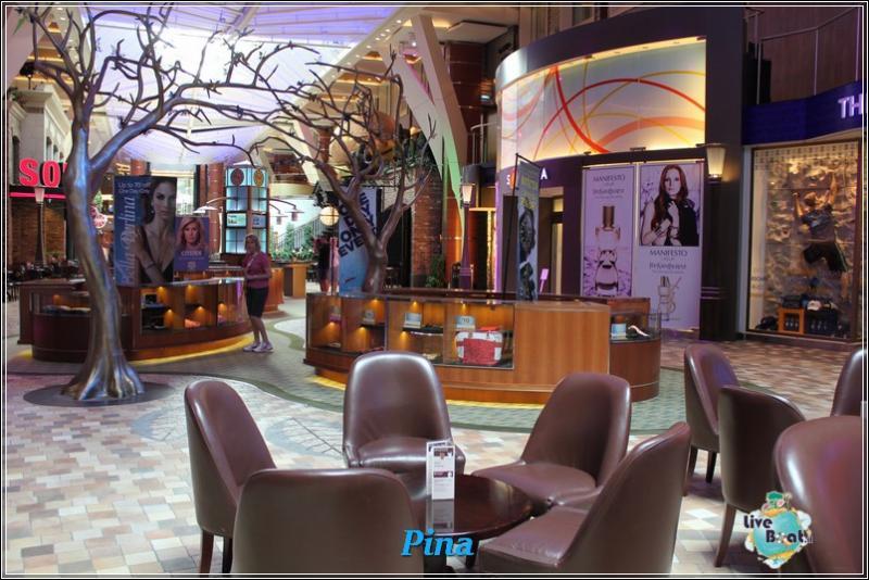 -foto-royal-caribbean-oasis-ots-royal-promenade-3-jpg
