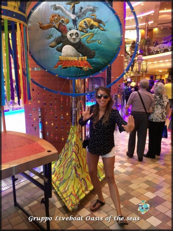 2014/09/22 Oasis of the seas in navigazione-crociera-oasis-of-the-seas-gruppo-liveboat-10-jpg