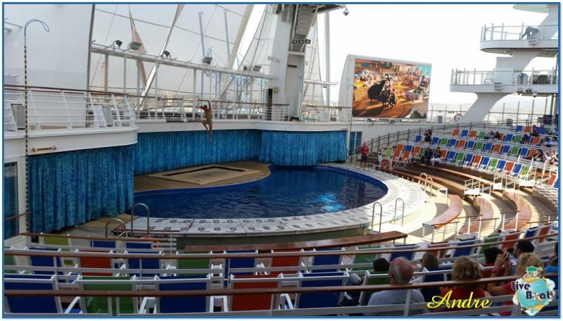 -6-royal-caribbean-oasis-of-the-seas-aquatheater-jpg