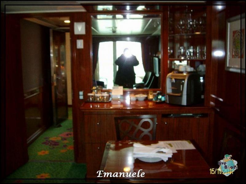 Cabine e suite Norvegian Jade-norwegian-jade-courtyardfamily3-jpg