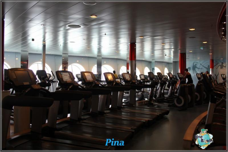 -foto-royalcaribbeanoasisots-vitality-at-seas-liveboat-crociere-202-jpg