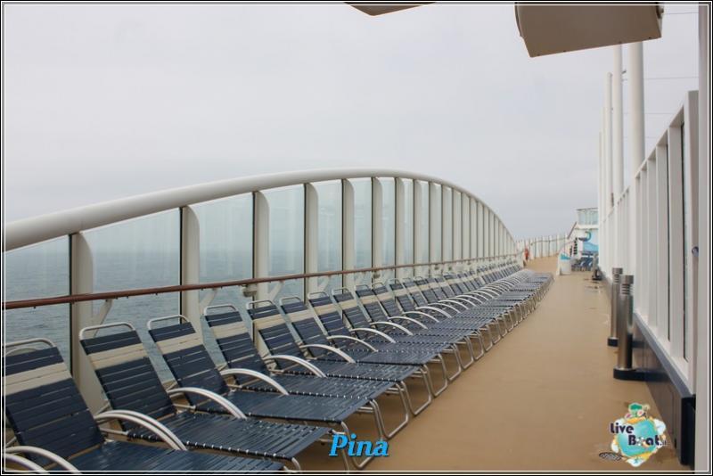 -foto-royalcaribbeanoasisots-areapool-liveboat-crociere-162-jpg