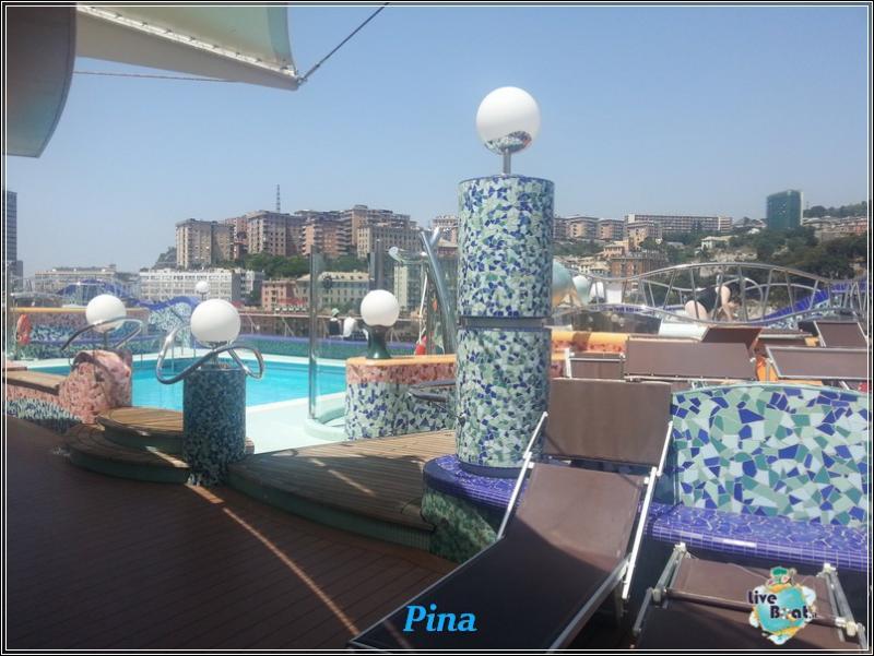 Piscine e idro di Msc Splendida-foto-msc-splendida-piscine-liveboat-crociere-1-jpg
