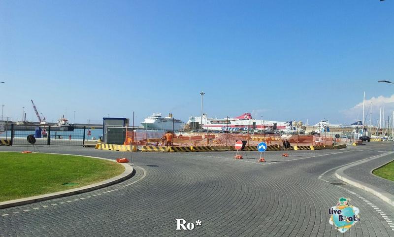 2014/10/06 Civitavecchia Imbarco Celebrity Reflection-6-foto-celebrity-reflection-civitavecchia-imbarco-diretta-liveboat-crociere-jpg
