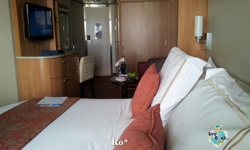 2014/10/06 Civitavecchia Imbarco Celebrity Reflection-12-foto-celebrity-reflection-civitavecchia-imbarco-diretta-liveboat-crociere-jpg