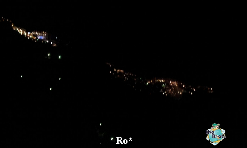 2014/10/08 Santorini Celebrity Reflection-12-foto-celebrity-reflection-santorini-diretta-liveboat-crociere-jpg