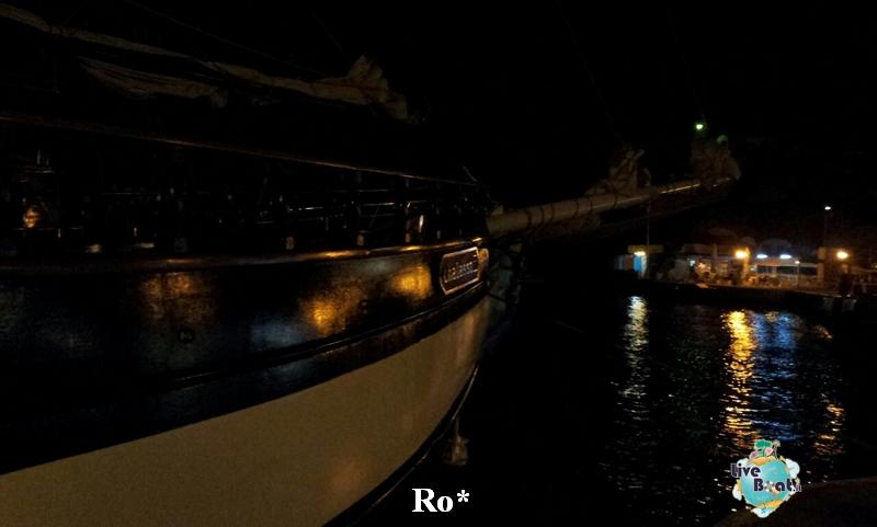 2014/10/08 Santorini Celebrity Reflection-14-foto-celebrity-reflection-santorini-diretta-liveboat-crociere-jpg