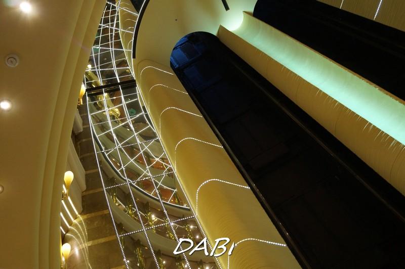 MSC Fantasia Atrio centrale-image00402-jpg