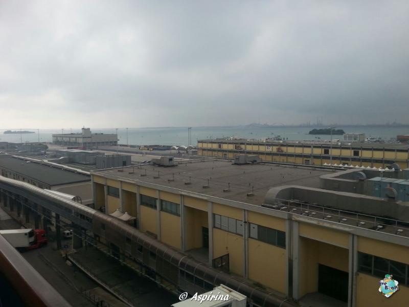 2014/10/13 Venezia Imbarco Costa Fascinosa-liveboat012-crociera-costa-fascinosa-venezia-jpg