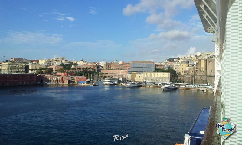 2014/10/16 Napoli Sbarco Celebrity Reflection-liveboat-002-celebrity-reflection-napoli-jpg