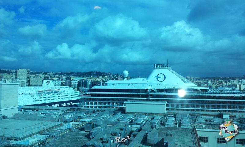 2014/10/16 Napoli Sbarco Celebrity Reflection-liveboat-006-celebrity-reflection-napoli-jpg