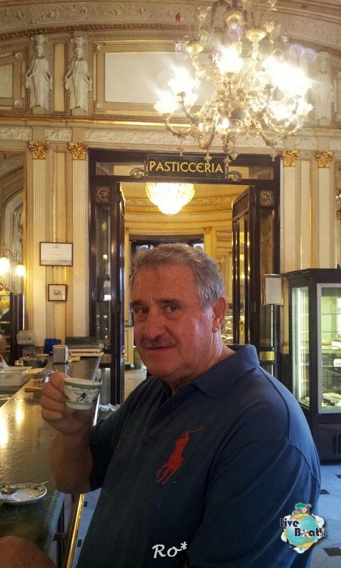 2014/10/16 Napoli Sbarco Celebrity Reflection-liveboat-019-celebrity-reflection-napoli-jpg