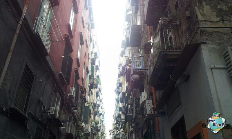 2014/10/16 Napoli Sbarco Celebrity Reflection-liveboat-036-celebrity-reflection-napoli-jpg