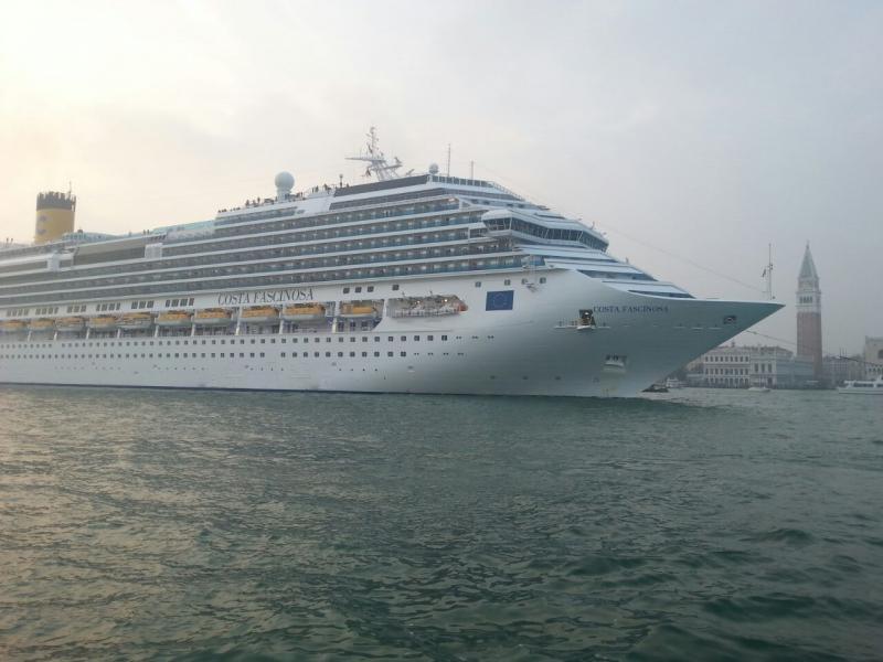2014/10/20 Venezia sbarco Costa Fascinosa-costa-fascinosa-parte-venezia-diretta-liveboat-3-jpg
