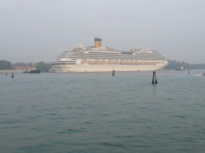 2014/10/20 Venezia sbarco Costa Fascinosa-costa-fascinosa-parte-venezia-diretta-liveboat-4-jpg