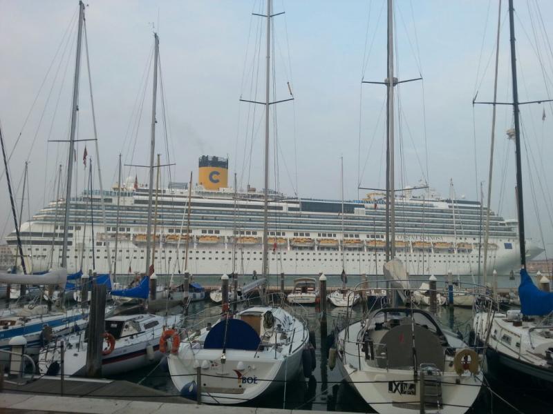 2014/10/20 Venezia sbarco Costa Fascinosa-costa-fascinosa-parte-venezia-diretta-liveboat-8-jpg