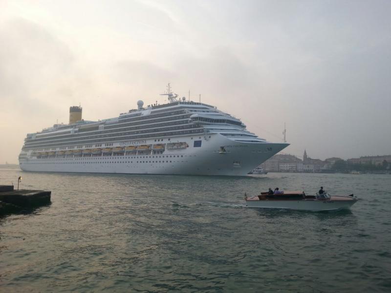 2014/10/20 Venezia sbarco Costa Fascinosa-costa-fascinosa-parte-venezia-diretta-liveboat-9-jpg