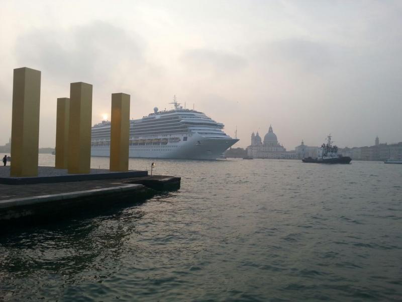 2014/10/20 Venezia sbarco Costa Fascinosa-costa-fascinosa-parte-venezia-diretta-liveboat-12-jpg