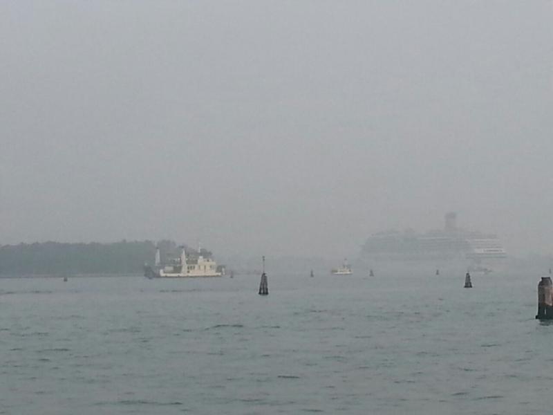 2014/10/20 Venezia sbarco Costa Fascinosa-costa-fascinosa-parte-venezia-diretta-liveboat-14-jpg