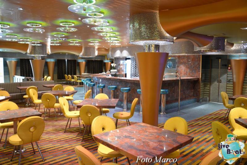 Costa Diadema - Pizzeria la Piazza-1foto-costa-diadema-lveboat-crociere-jpg