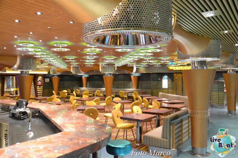 Costa Diadema - Pizzeria la Piazza-9foto-costa-diadema-lveboat-crociere-jpg