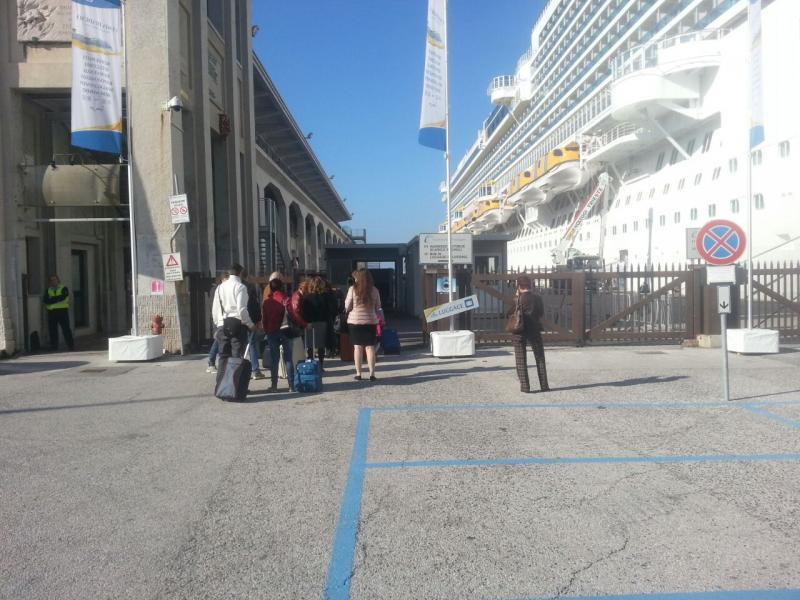 2014/10/31 Arrivo a Trieste e imbarco Costa Diadema-uploadfromtaptalk1414758916969-jpg