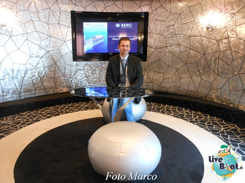 Re: Black and White Lounge MSC Divina-50foto-liveboat-msc-divina-jpg
