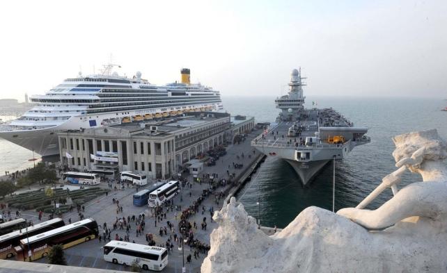 Costa Fascinosa dirottata a Trieste-image-2-jpg