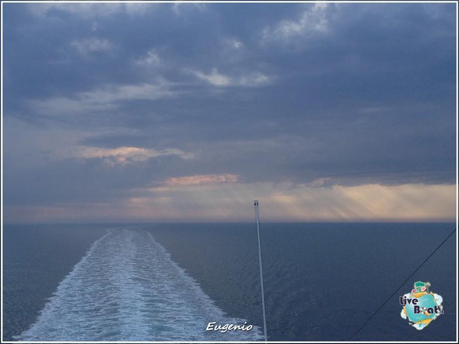 2013/06/10 -  Bari (imbarco)-tapatalk-costa-fascinosa-bari-liveboat-0034-jpg