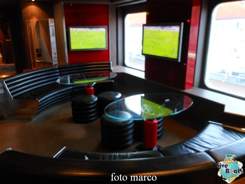 """Lo """"Sports Bar""""-02-jpg"""