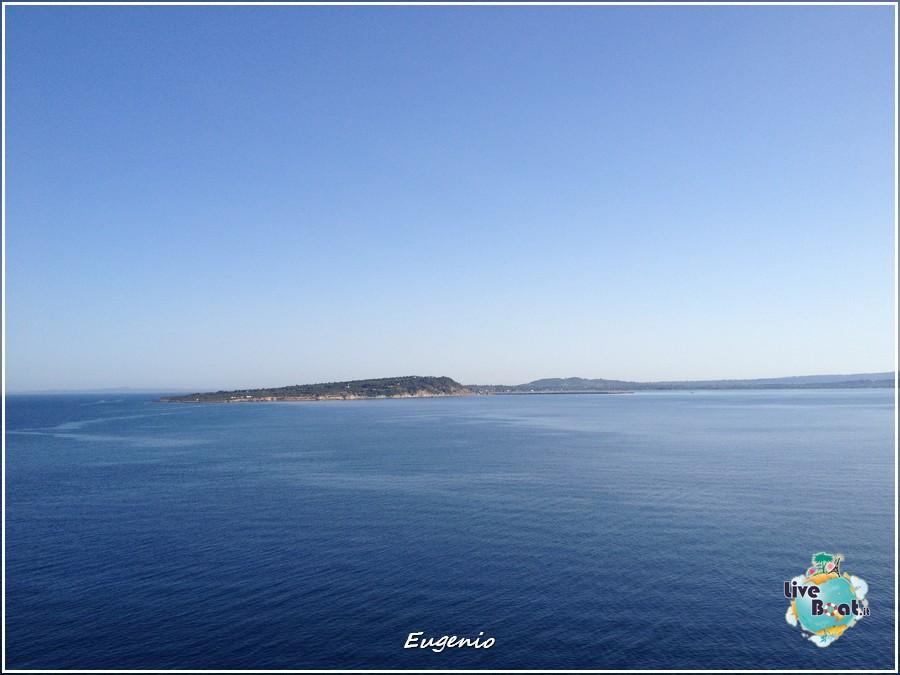 2013/06/11 - Katakolon-tapatalk-costa-fascinosa-katakolon-liveboat-0010-jpg