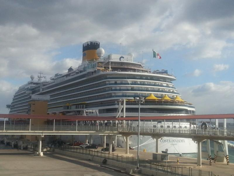 2014/12/09 Palma De Mallorca Costa Diadema-costa-diadema-festa-anniversario-diretta-nave-12-jpg