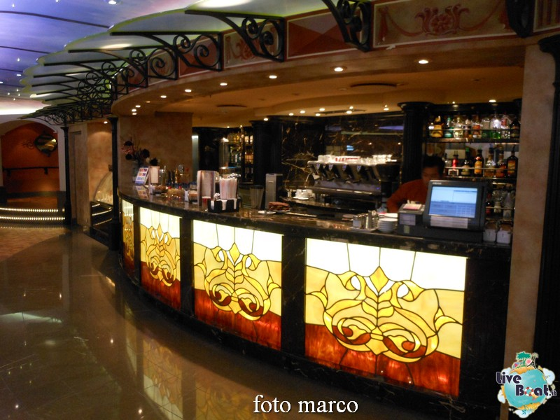 Piazza San Giorgio Bar-02-jpg