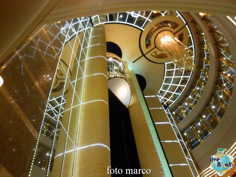 MSC Fantasia Atrio centrale-04-jpg