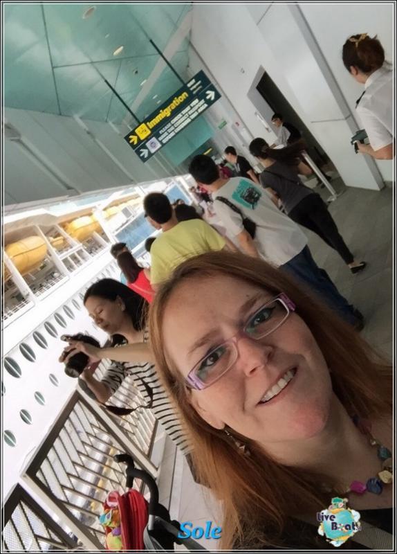 2014/12/24 Crociera Mariner OTS Royal Caribbean  Singapore -Malesia- Thailandia-foto-royalcclmarinerots-imbarcosingapore-direttaliveboat-crociere-1-jpg