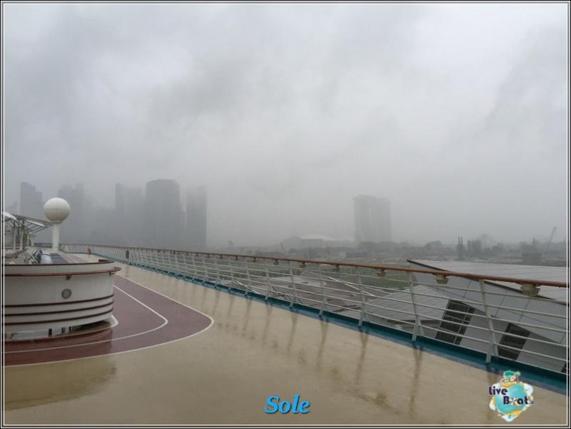 2014/12/24 Crociera Mariner OTS Royal Caribbean  Singapore -Malesia- Thailandia-foto-royalcclmarinerots-imbarcosingapore-direttaliveboat-crociere-4-jpg