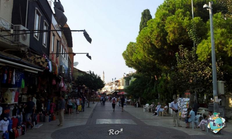 Cosa visitare a Kusadasi (Efeso) -Turchia--liveboat-024-celebrity-reflection-kusadasi-jpg
